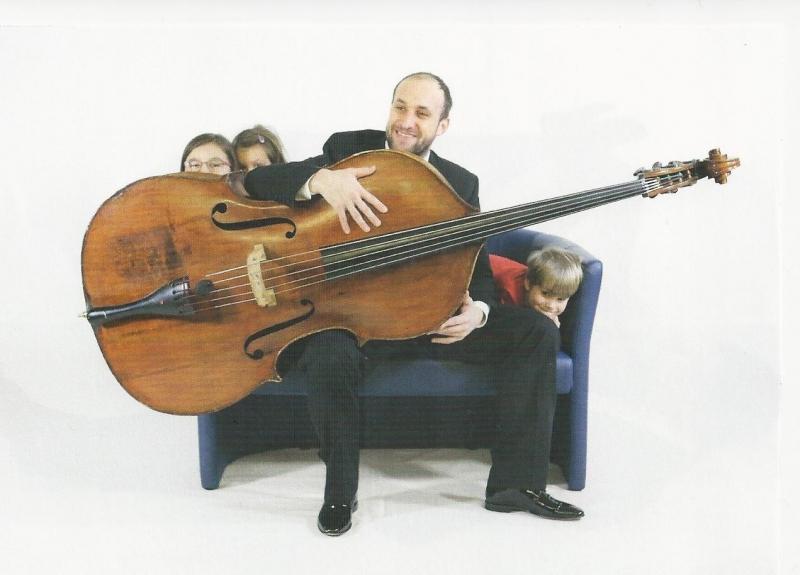 Josef-und-sein-Bass