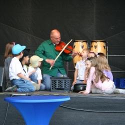Geige-Bühne